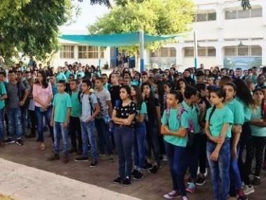 رئيس مجلس طوبا الزنغرية يتفقد مدارس البلدة