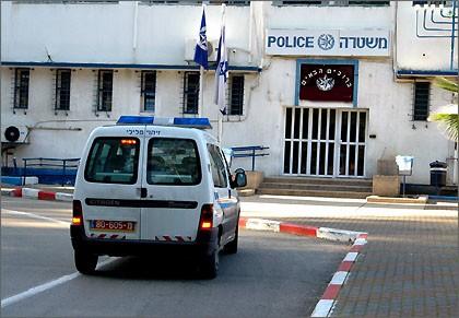 إعتقال مشتبهة بمهاجمة وطعن اطفال في كريات آتا