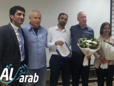 وزير الاسكان يخصص ميزانيات لـ15 بلدة عربية