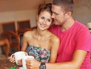 عزيزتي الزوجة: علامات تكشف أن زوجك لن يتخلى عن حبه لك