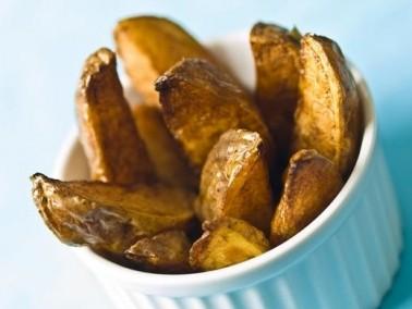 أشهى المقبلات: أصابع البطاطا المتبلة والمقلية