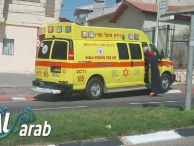 إصابة مسنة جراء سقوطها في حافلة في مجمع تل هشومير