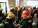 طواقم الانقاذ في تل ابيب تتدرب على عمليات خاصة في المباني المرتفعة