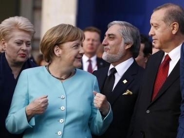 أردوغان وميركل: روسيا مسؤولية لخفض العنف بسوريا