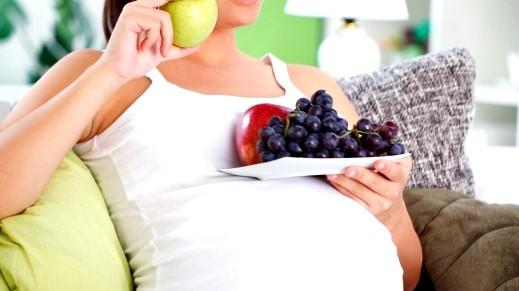 عزيزتي:أطعمة تسبب الإجهاض .. احذريها !