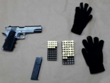 كفرقاسم: اعتقال مشتبه بعد ضبط مسدس وذخيرة