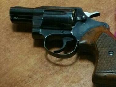 اعتقال مشتبه من سالم بعد ضبط مسدس