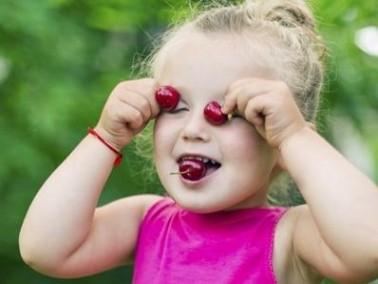 ما هي فوائد الفواكه للاطفال؟