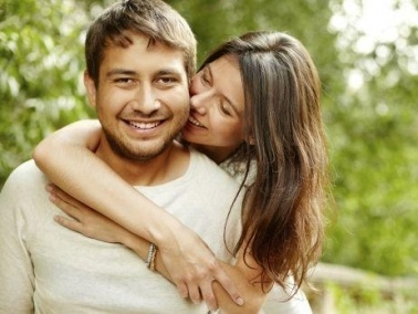 5 أسرار زوجية تضمن سعادة زوجك