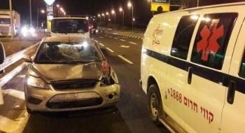 إصابة 4 أشخاص في حادث بعد إصطدام سيارة ببقرة عند مفرق هموفيل