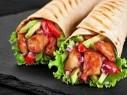 جرّبوا لفافة تورتيا الدجاج والأفوكادو..شهية وصحية
