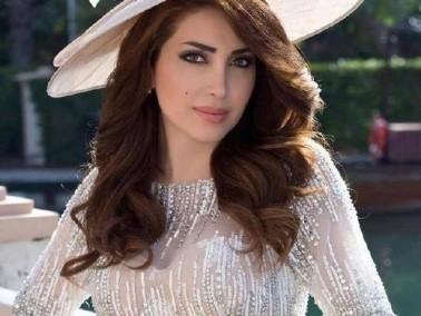 نسرين طافش.. أيقونة سورية للجمال والموضة