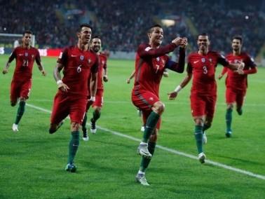 البرتغال تعزز وصافتها للمجموعة بالفوز على لاتفيا