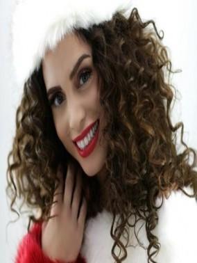 ليدي- فيفيان بشارة: اضيف بصوتي بهجة للكبار والصغار