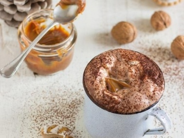 مشروب زبدة الفول السوداني بالكراميل.. لذيذ