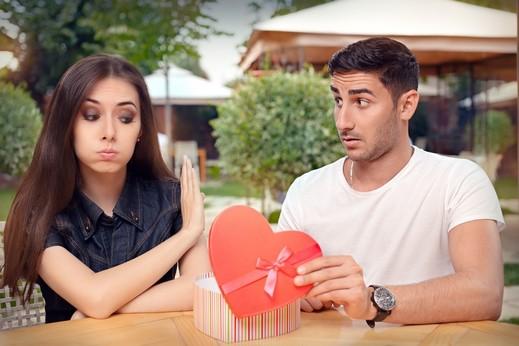 مؤشرات تدل على أنك فاشل في العلاقات العاطفية