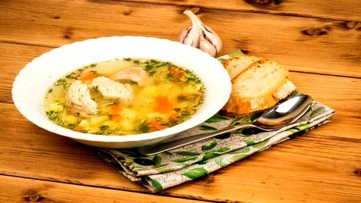 شوربة الدجاج المشوي.. طبق مُبتكر ولذيذ