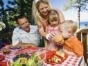 لكلّ زوجين لا يتفقان على تربية أطفالهما... كونا فريقاً واحداً!
