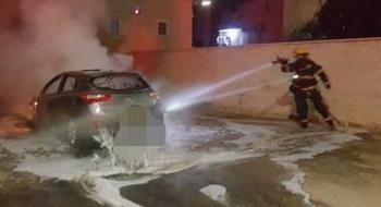 عكا: إندلاع حريق في سيارة دون إصابات وطواقم الاطفاء تهرع للمكان