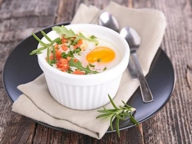 البيض المخبوز..طبق خاص ومميز للفطور