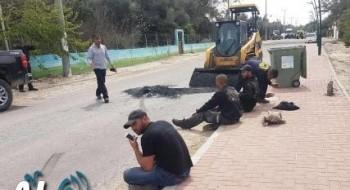عمّال عرب من المثلث: سائق يهودي اعتدى علينا وحاول دهسنا وصرخ الموت للعرب