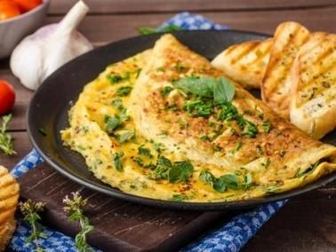 طبق الفطور لليوم: عجة الجبنة البلغارية