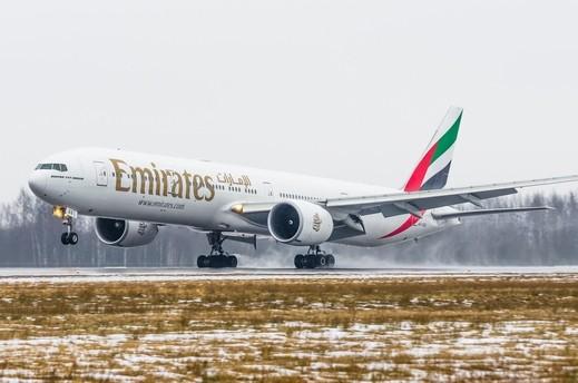 طيران الإمارات الأفضل في العالم