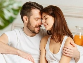 هل تعيشون علاقة عاطفية وزوجية صحية وسليمة؟ اكتشفوا مع العرب.كوم