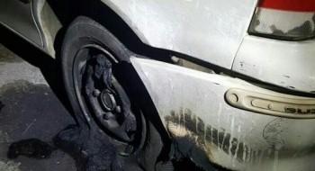 الرامة: اعتقال 3 مشتبهين على خلفية حرق سيارة مواطن