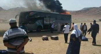 استياء عارم بعد احتراق حافلة بين السعودية والاردن تقل معتمرين من جسر الزرقاء