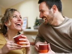 العديد من الدراسات: القبلة من الزوج عند الصباح تخفف من التوتر