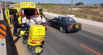إصابة 3 أشخاص بجراح في حادث بين دراجة نارية وسيارة قرب حيفا