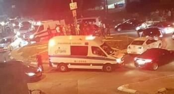 المكر: اصابة 3 اشخاص بحادث طرق واصابة اخرين خلال شجار