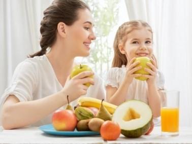 تعرّفي على أهم الفيتامينات لطفلك