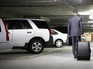 نصائح لسيارتك في المواقف المغلقة