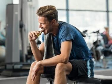 4 أطعمة مفيدة لأجسام الرجال