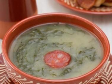 سريع وشهي: شوربة الخضراوات بالنقانق