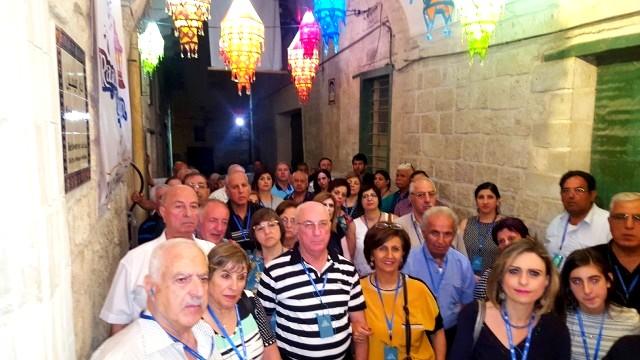 نادي عائلة البشارة للاتين ينظم زيارة لسوق الناصرة