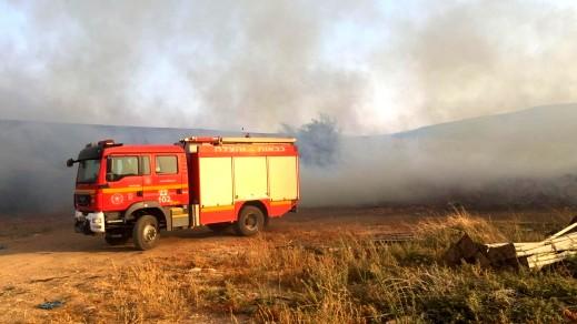 إخلاء متنزهين في الجولان إُثر إندلاع حريق في المنطقة