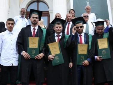 أبناء اللد والرملة يتميّزون في كلية ياش - رومانيا