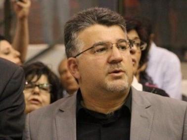 النائب يوسف جبارين يفتح ملف الكتب الفلسطينية