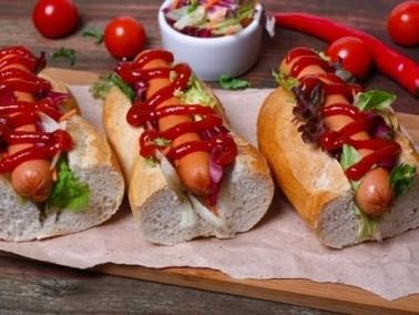 تذوقوا ساندويش هوت دوج فرانكفورت..صحة وهنا