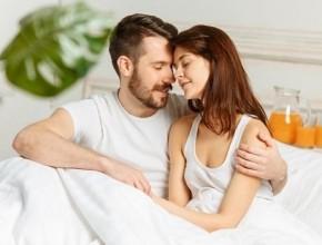 الرجال يفضلون العلاقة الحميمة الصباحية.. ما هي الأسباب؟