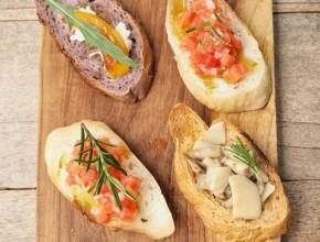 الخبز الفرنسي بالأعشاب لوجبة فطور لذيذة
