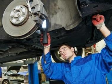 كيف تحافظ على مكابح سيارتك؟