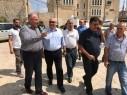 اِدارة مركز بيرس للسلام تزور بلدية الطيبة وتقوم بجولة ميدانية في المدينة