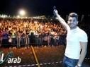 الفنان هيثم خلايلة يختتم مهرجان بطوفنا الثالث بحضور الآلاف