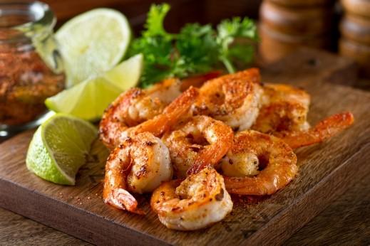 ثمار البحر المقليّة على طريقة مطبخ العرب.كوم