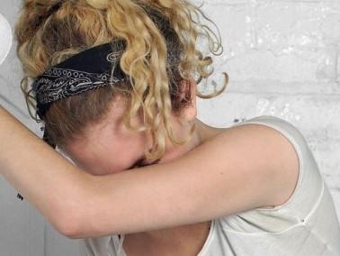فتاة (15 عامًا): أمي تريد الزواج من رجل آخر