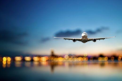 دراسة تحذّر من الصعود أولًا للطائرة!